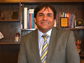 Dr. Luis Mella Gajardo, alcalde de Quillota