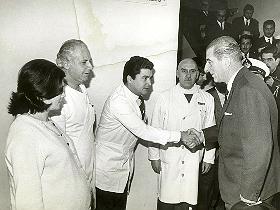 Tal fue el revuelo, que el presidente Eduardo Frei Montalva quiso felicitar al equipo médico