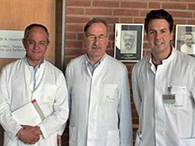 Dres. Andrés Vera, Oneglio Pedemonte y Sebastián Rojas en Hannover