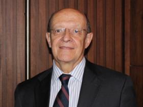 Dr. Salvador Álvarez