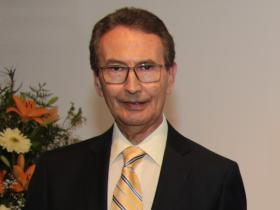 Dr. Héctor Díaz Yarrá