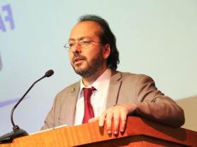 Dr. Carlos Ibáñez Piña